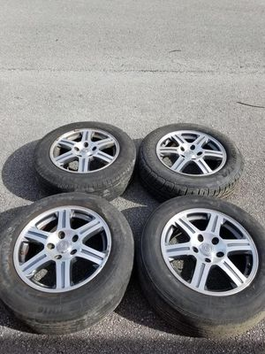 Rims 17 Chrysler 5 lugs 127 mm for Sale in Davie, FL