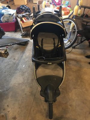 stroller great for walks for Sale in Chilton, WI