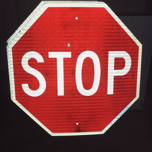 30 in X 30 in Stop Signs (20) for Sale in Addison, IL