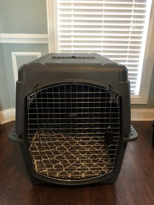 Petmate extra large dog kennel with washable dog bed for Sale in Lebanon, TN