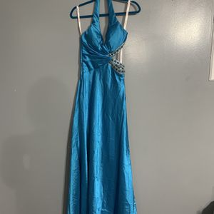 Prom Dress Size 4 for Sale in Chicago, IL