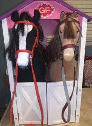 American Girl chestnut horse with Our Generation stable for Sale in St. Clair Shores, MI