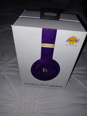 Brandnew laker edition beats by dre studios $400 for Sale in Moreno Valley, CA