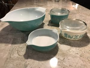 Vintage Pyrex Nesting/Mixing Bowls for Sale in Tucson, AZ