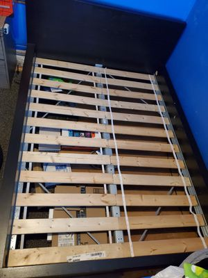 Full size bed frame for Sale in Hammond, IN