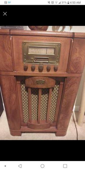 Vintage Thomas Radio for Sale in O'Fallon, MO