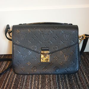 Louis Vuitton metis noir for Sale in Salt Lake City, UT