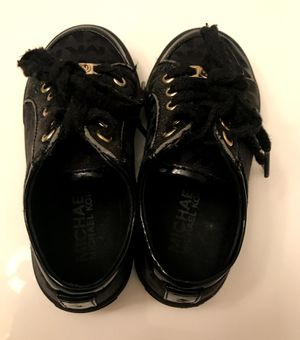 Michael Kors Black Sparkle Children's Shoes - Size8C for Sale in Chamblee, GA