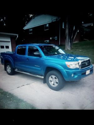 Only $2000 TruckBlue07 Toyota Sr5 Tacoma Double Cab! 80k Miles! for Sale in Mansfield, OH