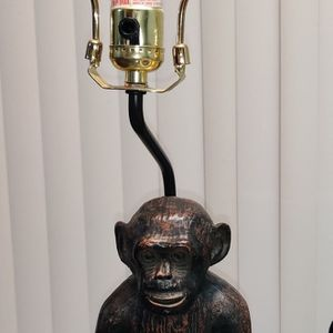 Vintage resin Sitting Monkey Chimp Heavy Table Lamp Oiled Bronze Look for Sale in Irving, TX