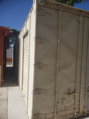 Metal storage containers, 40' L x 8' W x 8'.6 T Each $2250☺☺☺☺☺☺ EACH $2250---- NO DELIVERY . MUST PICKUP. ARRANGE YOUR OWN TRANSPORTATION. for Sale in Las Vegas, NV
