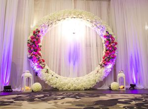 Round metal arch 8.5'-9' wedding decor event props flower arch stand for Sale in Portland, OR