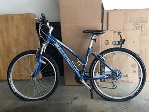 Women's Trek Mountain Bike for Sale in Atlanta, GA