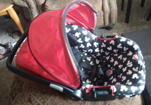 Infant car seat for Sale in Oregon City, OR