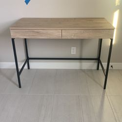 Brand New Desk/ Entry Way Table for Sale in Garden Grove,  CA