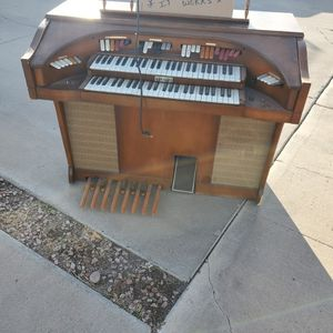 FREE Kimball Organ. FREE for Sale in Glendale, AZ