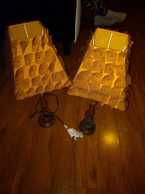 Verry beautiful end table lamps