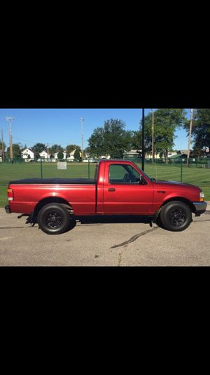 99 Ford Ranger XL - Clean! for Sale in Lakewood, OH