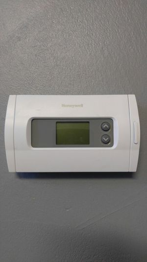 Honeywell digital thermostat for Sale in Imperial, MO