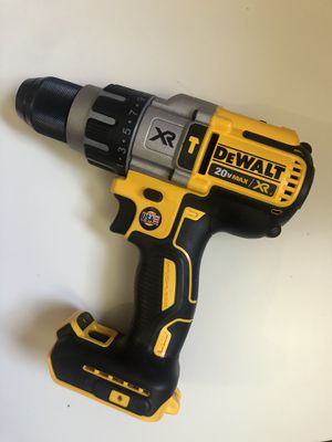 Dewalt new hammer drill :3 speeds. Nuevo for Sale in Los Angeles, CA