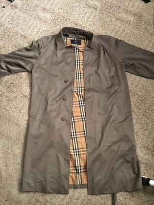 Burberry Trench Coat for Sale in Cherry Hill, NJ