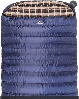 New Mammoth Double Sleeping Bag for Sale in Bakersfield, CA