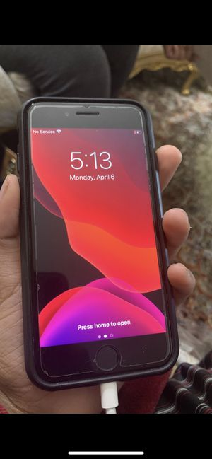 Apple iPhone 7 128gb unlocked to T-Mobile metropcs at&t for Sale in Brea, CA