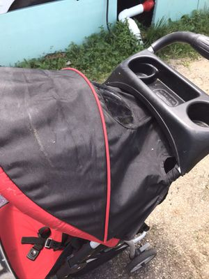 Graco click connect jogger stroller for Sale in Columbus, OH