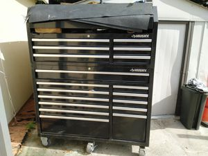 Husky Tool box for Sale in HALNDLE BCH, FL
