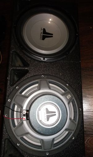 2 12s jl audio 12w1v2 with probox box for Sale in Humble, TX