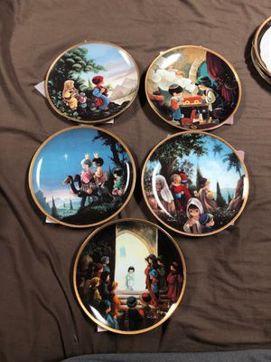 Precious Moments Bible Story 9plate collection for Sale in McKeesport, PA