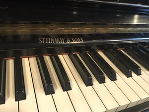 Steinway Upright Piano Ebony for Sale in Laguna Hills, CA