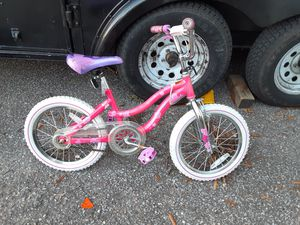 Girls bicycle for Sale in Glen Burnie, MD