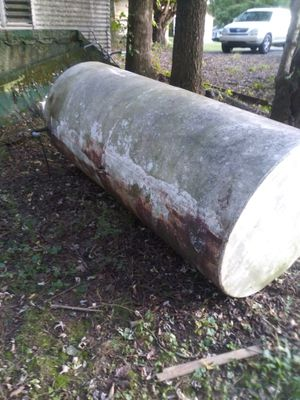 """550 Gallon fuel tank 42"""" x 93"""" for Sale in Cleveland, TN"""