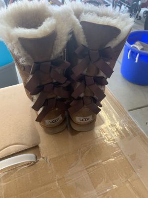 Girls Ugg boots for Sale in Visalia, CA