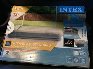 Twin air mattress with pump and pillow for Sale in Atlanta, GA