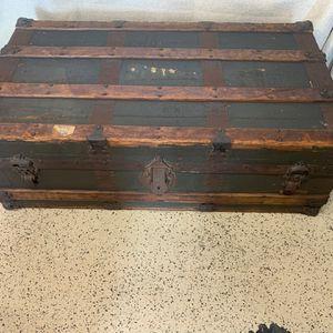 Antique Trunk for Sale in Huntington Beach, CA