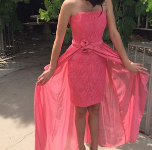 Item:Pink dress prom/formal brand:Jessica McClintock size:3 (juniors) for Sale in Fresno, CA
