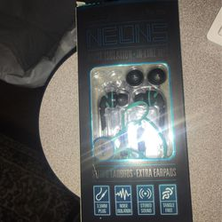 Stereo earbuds for Sale in Grove City,  OH