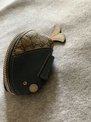 Gucci coin wallet Authentic for Sale in Bell Gardens, CA