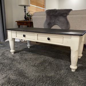 Beautifully Antiqued Coffee Table for Sale in Gresham, OR