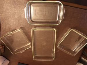 4 different size Pyrex for Sale in Sterling Heights, MI