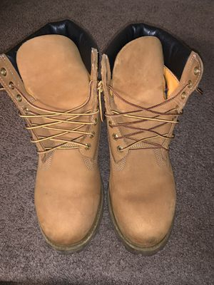 Men's size 10 Timberland boots for Sale in Philadelphia, PA