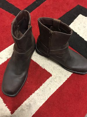 6ece6131e132 J. Ferrar Men s Brown Leather Boots for Sale in San Diego