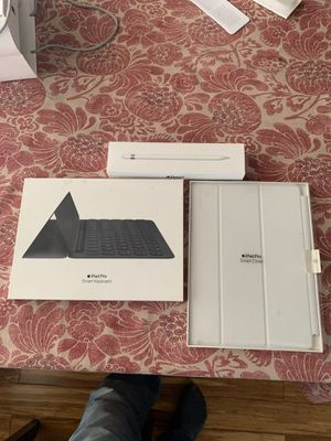 Apple i pad pro for Sale in Chicago, IL