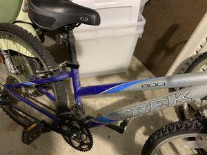 "Trek girls mountain bike 24"" frame, 26"" tires for Sale in Chicago, IL"