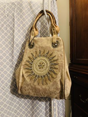 Moving! Beautiful golden hobo purse with beautiful beaded design for Sale in Fairfax Station, VA