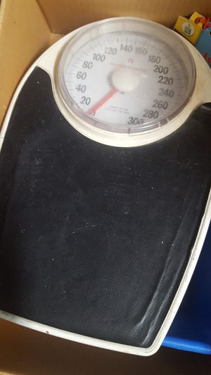 Weighing machine / Bathroom Scale for Sale in The Colony, TX