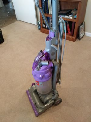 Dyson Vacuum Cleaner for Sale in Sun City, AZ