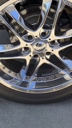 """22"""" 6 Lug Pattern Rims And Wheels for Sale in Stockton,  CA"""